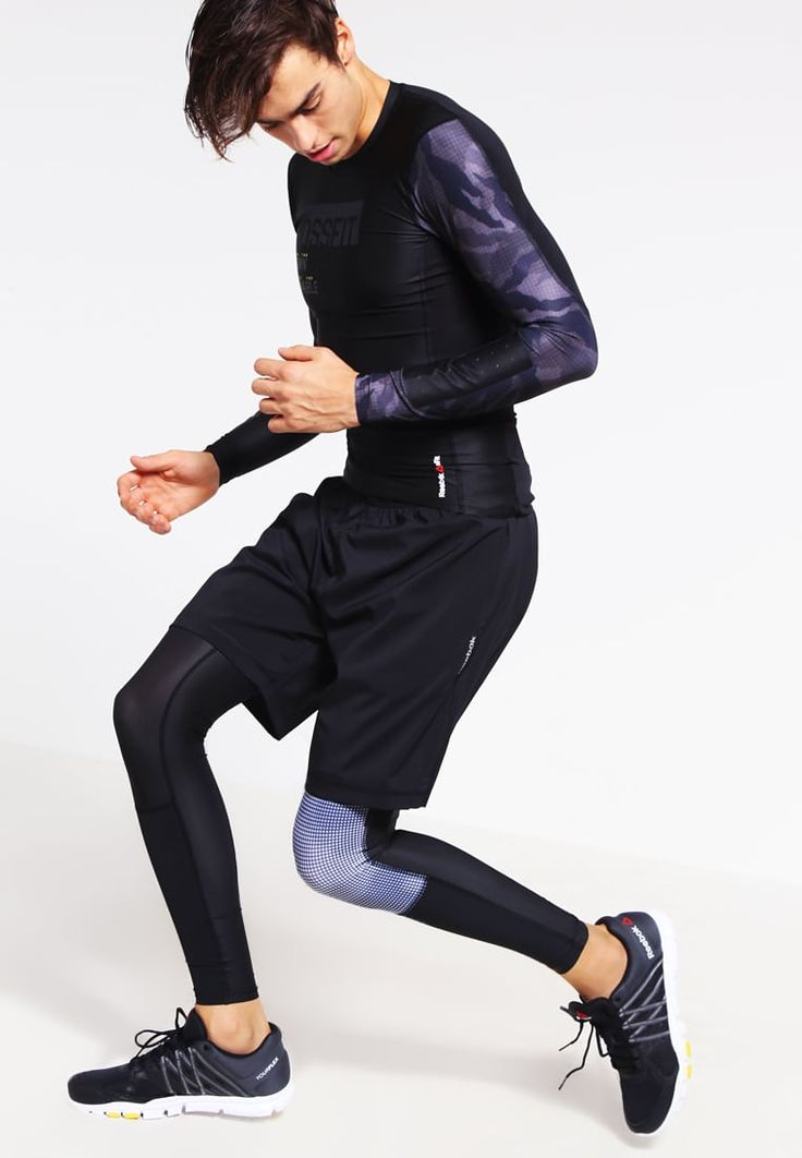 Dieses Shirt verhilft dir zu Höchstleistungen. Reebok Langarmshirt - black für 84,95 € (12.06.16) versandkostenfrei bei Zalando bestellen.