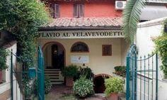 Flavio al Velavevodetto trattoria in Rome, where Anthony Bourdain eats carbonara - Rooma ravintolat pasta oli herkullista Eatitalyn kierroksella
