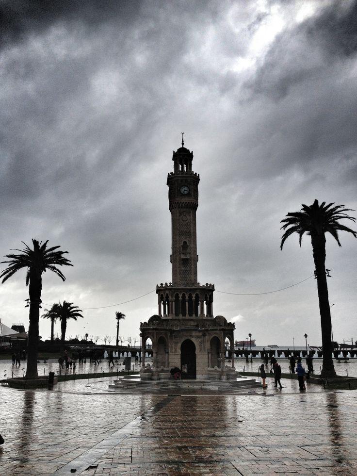 İzmir Turkey saat  square konak