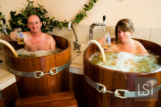 #PinUpLive - Naked Beer Baths in The Austrian Spa town of Seefeld >>> Naked in a beer bath? yes please!