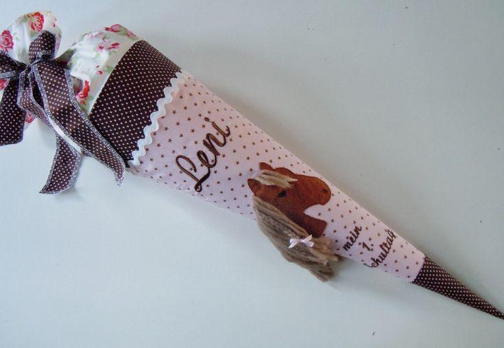 Schultüten - Schultüte Pferd mit Mähne - ein Designerstück von AtelierKleeblatt bei DaWanda