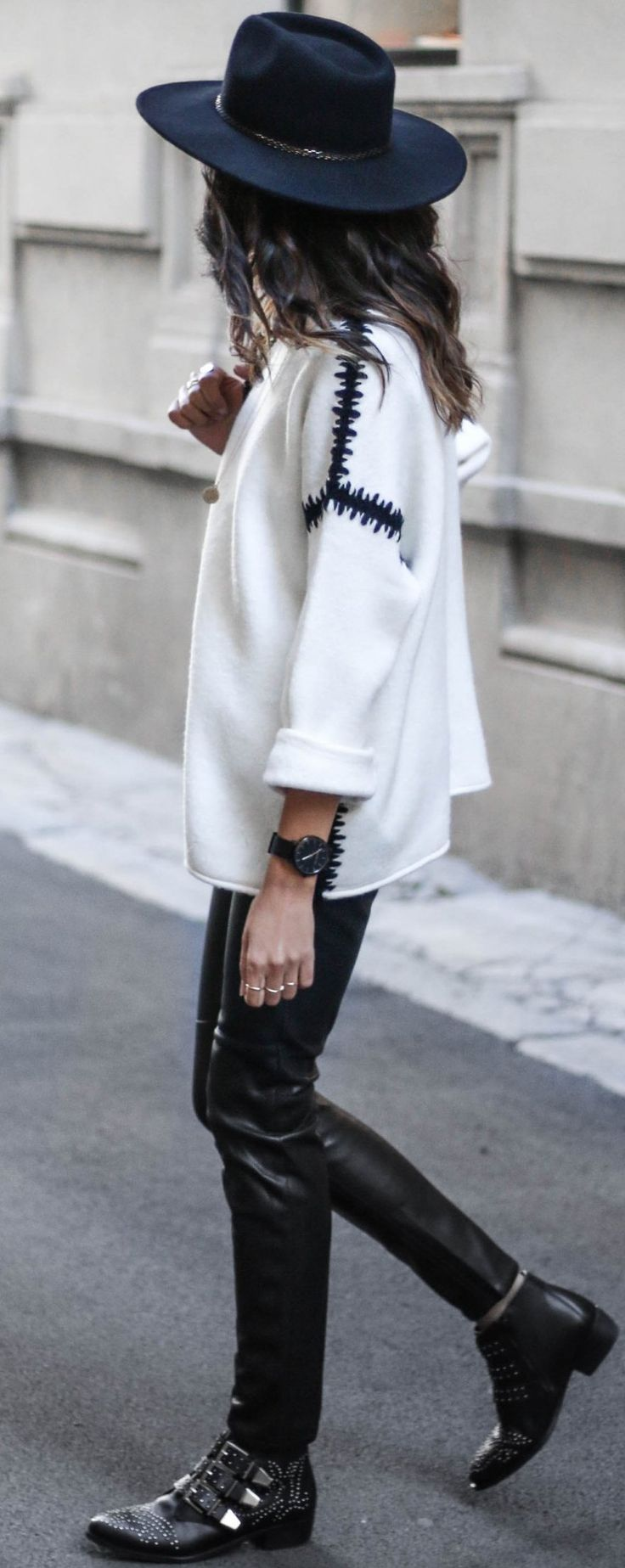 #fall #trending #street #outfits   Black + White