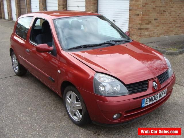 25 best renault clio 2006 ideas on pinterest renault clio tuning renault 5 turbo and renault. Black Bedroom Furniture Sets. Home Design Ideas