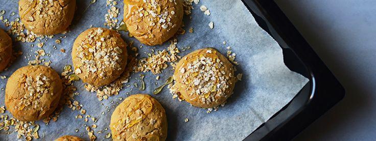 Πώς να φτιάξεις τα πιο νόστιμα και ελαφριά μπισκότα που γέμισαν ποτέ το βαζάκι σου.