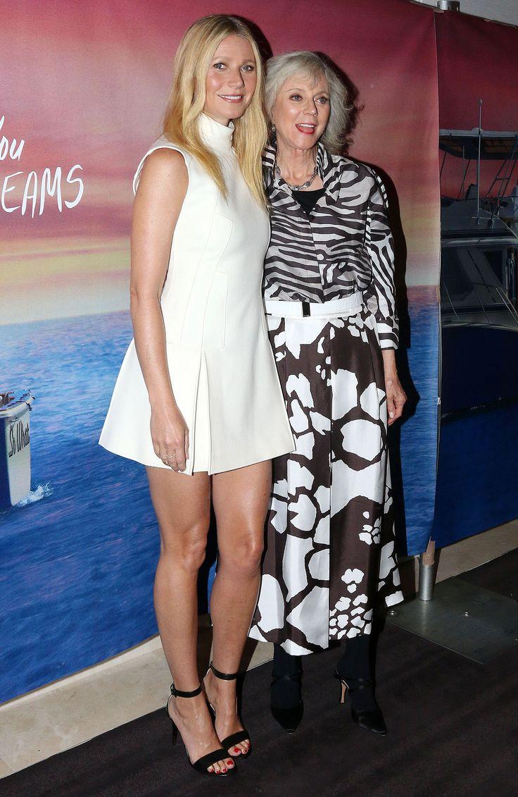 Gwyneth-Paltrow-Feet-1693564.jpg (2100×3229)