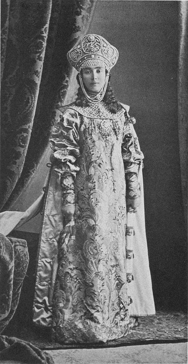 ♠♠♠ Princess Elizabeth Nikolaevna Obolenskaya, the Lesser, maid of honor of the Empress Alexandra Feodorovna dressed in 17th-century boyarishnya's attire....156 by klimbims on deviantART