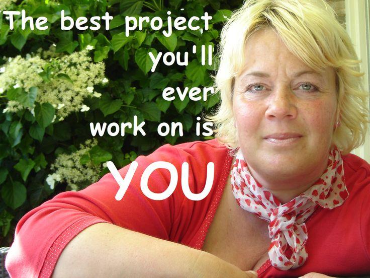 The best project you'll ever work on is YOU. Speciaal voor vrouwen met maat 42+ geeft imageconsultant Riet de Vlieger maandag 7 juli 2014 een workshop 'Styling XXL' in Naaldwijk met veel praktische tips over wat goed bij je figuur past.  http://wp.me/p3li8Y-6N