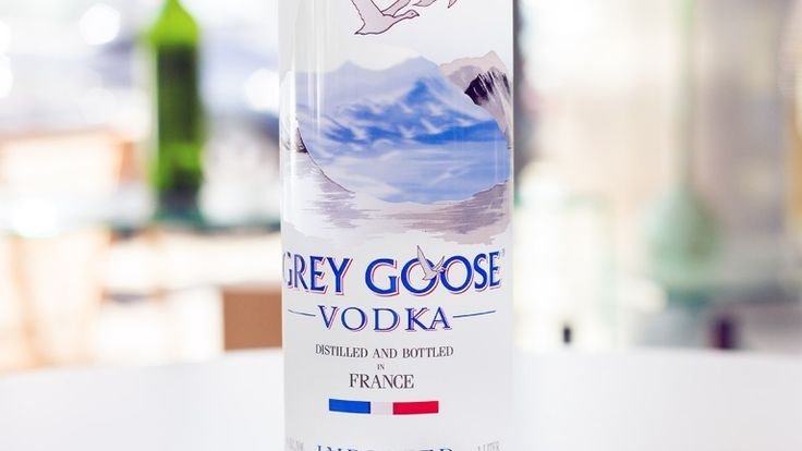 Grey Goose vodka characteristics, price and tasting notes, spirits review