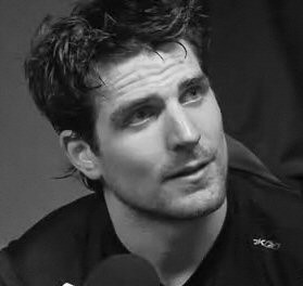 Patrick Sharp - Chicago Blackhawks  Such a handsome man.  Pity he's married.