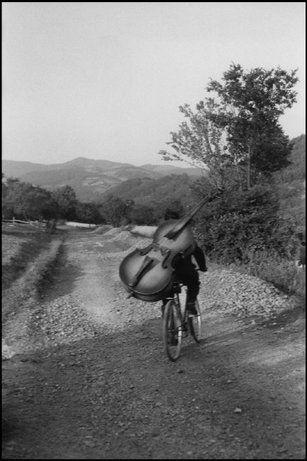 FANTOMATIK: The decisive moment - Henri Cartier-Bresson