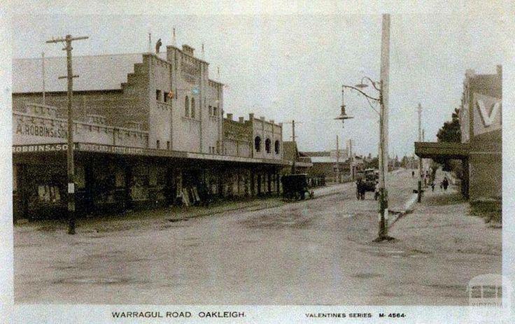 Warrigal Road, Oakleigh