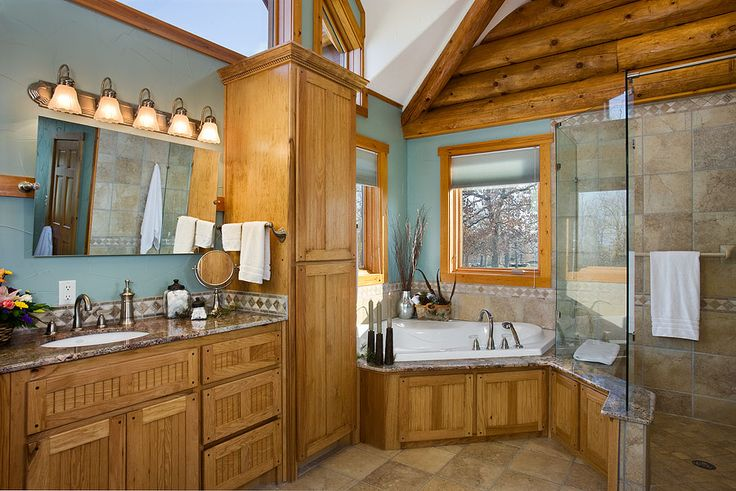 Best 25 log home bathrooms ideas on pinterest log cabin for Log home bathroom ideas