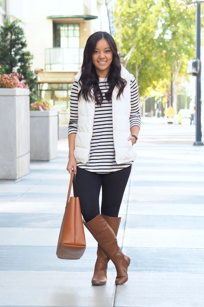 One of the most common questions I get asked about fall and winter style is how to make cute outfits with leggings, or suggestions for tops ...