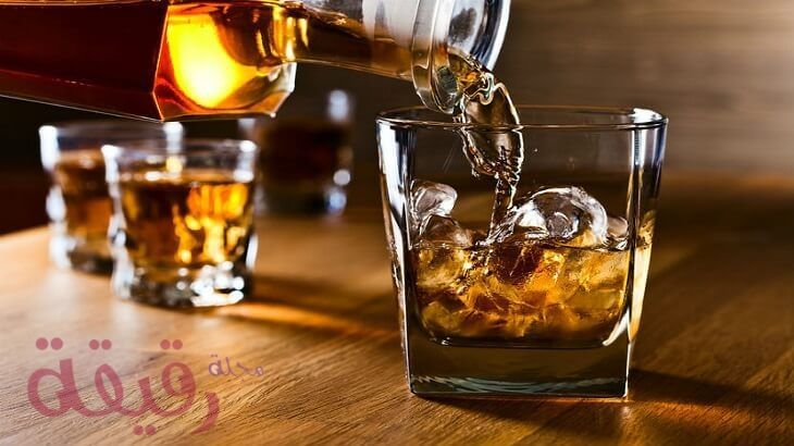 تفسير حلم شرب الخمر في المنام لابن سيرين ما بين الخير والشر Whiskey Drinks Alcohol Best Bourbons
