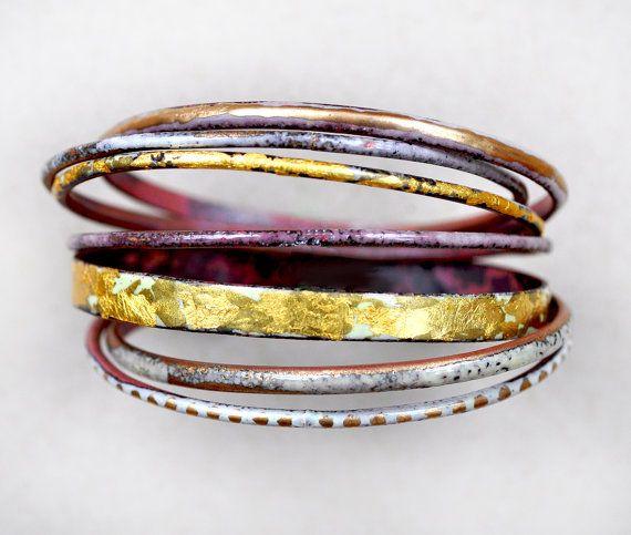 Set de bracelet émail « Midas »    Mi·das [maɪdəs] nom, argot britannique.  1. Le roi légendaire de Phrygie à laquelle Dionysos a donné le