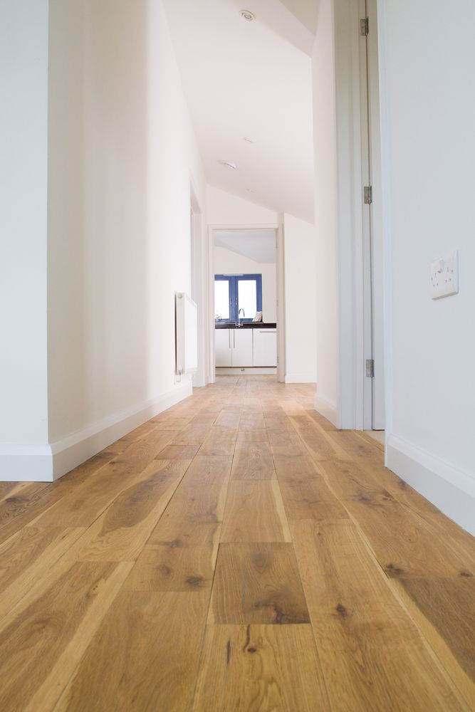 Engineered English Oak Flooring...naturally the best , our beautiful native Oak. Available in mixed-widths in long random lengths.