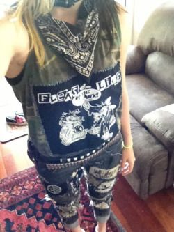 "crust-punk-skunk: "" This is me. Here you go. """