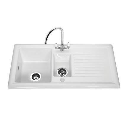 Lamona Ceramic 1.5 Bowl Sink   Ceramic Kitchen Sinks   Howdens Joinery