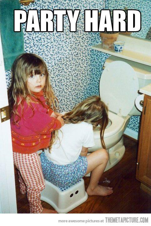 Der Schwester beim Brechen die Haare halten und froh sein, dass man selbst nicht dran ist
