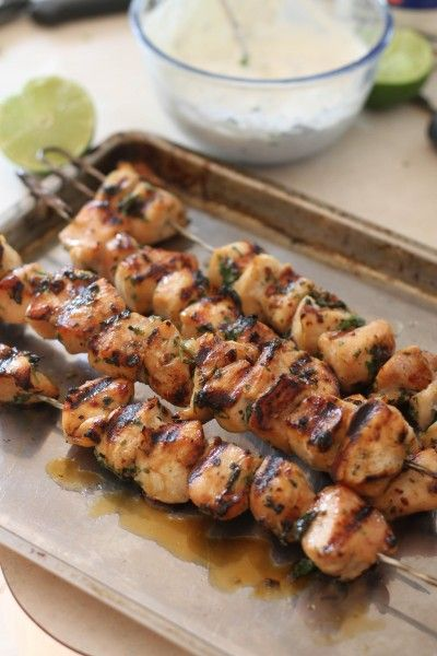 chipotle chicken kabobs with cilantro dipping sauce