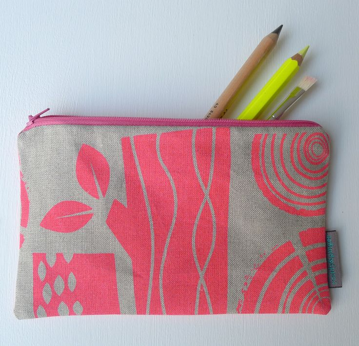 Logpile Pencil Case Roddy And Ginger Flowers Trees
