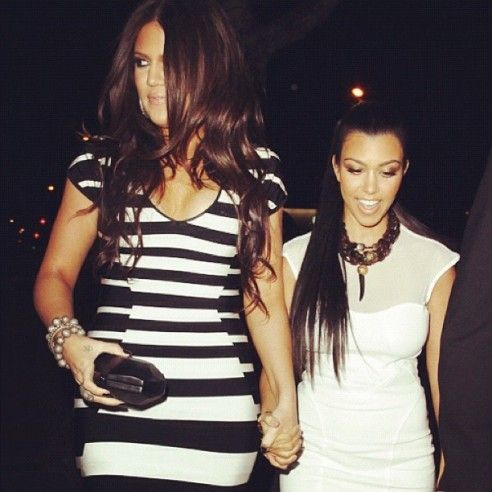 Khloe Kardashian & Kourtney Kardashian