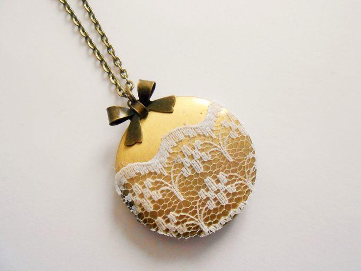 collier porte photo - collier mariage - collier noeud - collier médaillon photo - collier dentelle - collier photo vintage : Collier par esthete-bijoux