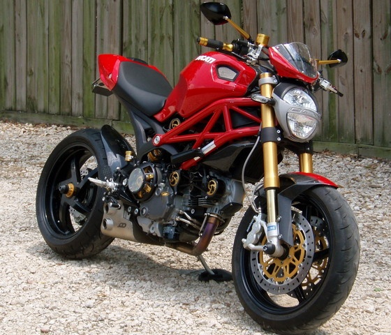 49 best images about ducati monster mods on pinterest ducati monster 750 ducati and monsters. Black Bedroom Furniture Sets. Home Design Ideas
