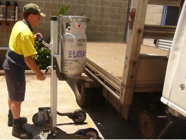 Aluminium Foldable Gas Bottle Lifter – 1200mm Lift | Spacepac Industries