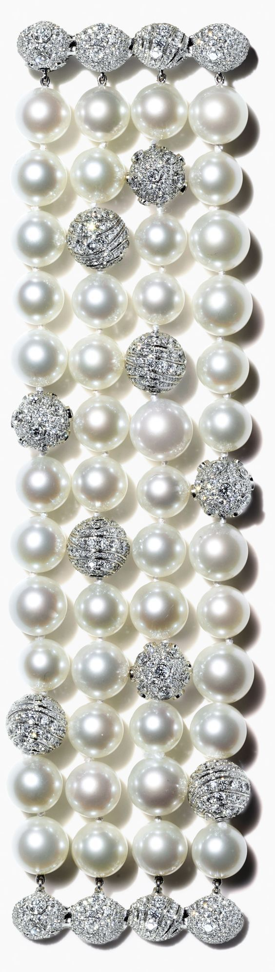 Rosamaria G Frangini | High Pearl Jewellery | Tiffany's finest pearls.