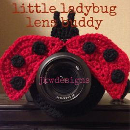 LIMITED OFFER--5 free patterns for lens buddies (owl, frog, giraffe, ladybug and mouse) www.jkwdesigns.com