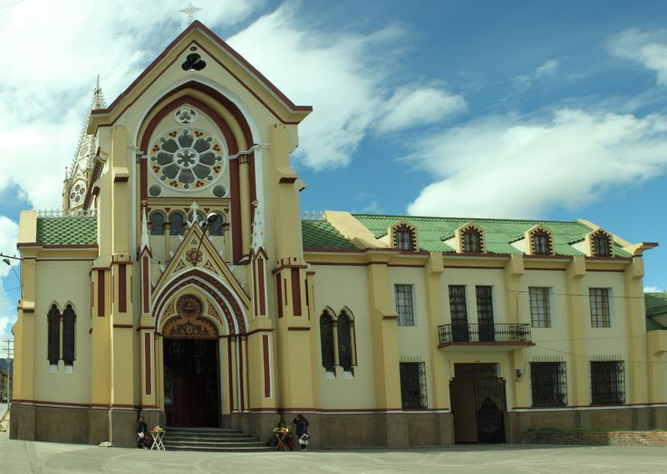 https://flic.kr/p/xYrLn2 | Iglesia La Panaderia - Pasto | Esta foto fue toscamente arreglada por perspectiva, por todo, la panoramica fue una verguenza