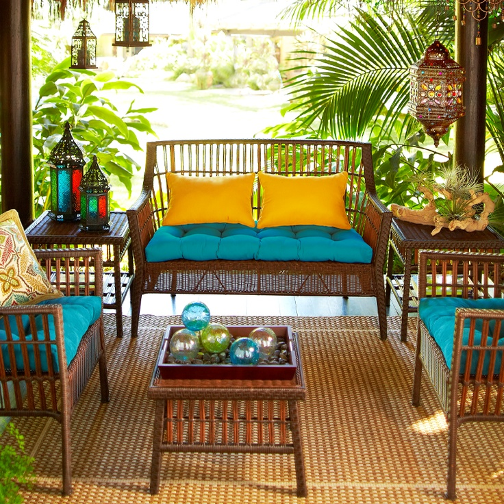 Rooms To Go Outdoor Furniture: Tropical Porch Outdoor Furniture