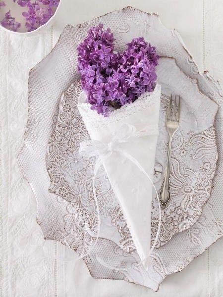 Paarse bruiloft decoraties de mooiste creaties bekijken als voorbeeld
