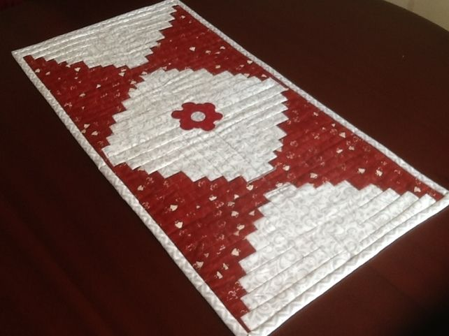 Curved log cabin table runner £25.00