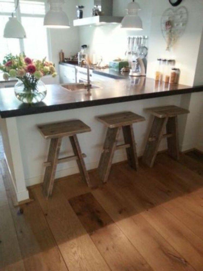 25 beste idee n over kookeiland krukken op pinterest barkrukken en barkrukken keuken - Uitgeruste keuken met bar ...