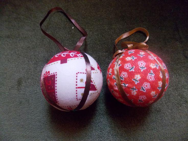 Globuri de crăciun din polistiren-Polisztirén gömbök