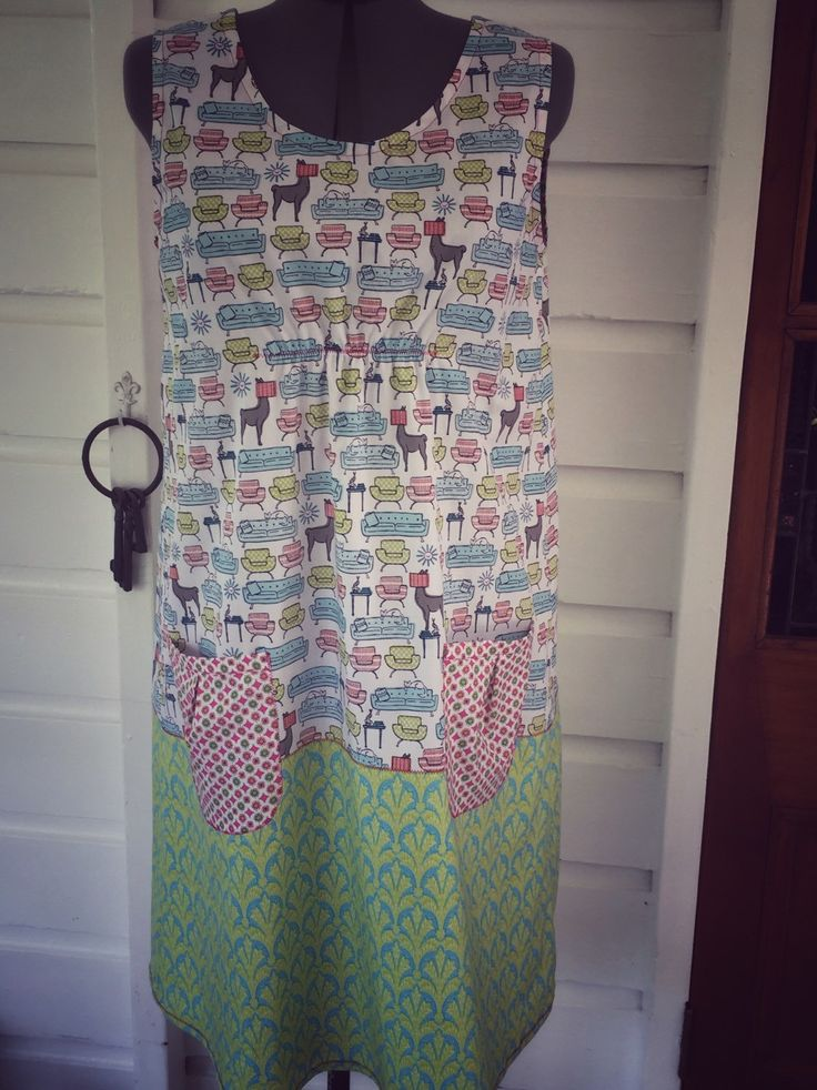 Size Medium 14-16 Grand Designs Dress. by StitchedUpBySmith on Etsy