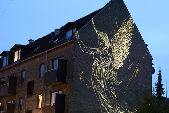 L'arte luminosa di Asbjorn Skou