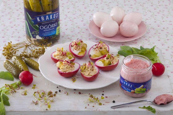 Jaja faszerowane (Poland)  Przepis na wielkanocne różowe jajka faszerowane