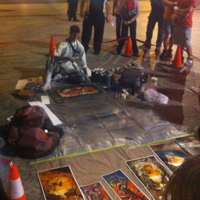 Artist at work in Queen Street Mall (Brisbane) - www.jazrt.com.au  //love supporting local artists//