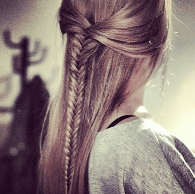 cute everyday hairstyle.  Wish my hair was long enough to do this