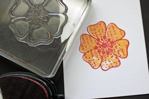 Splitcoaststampers - Kissing Technique Tutorial by Beate Johns