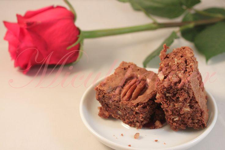 Negrese cu nuci pecan - Pecan brownies