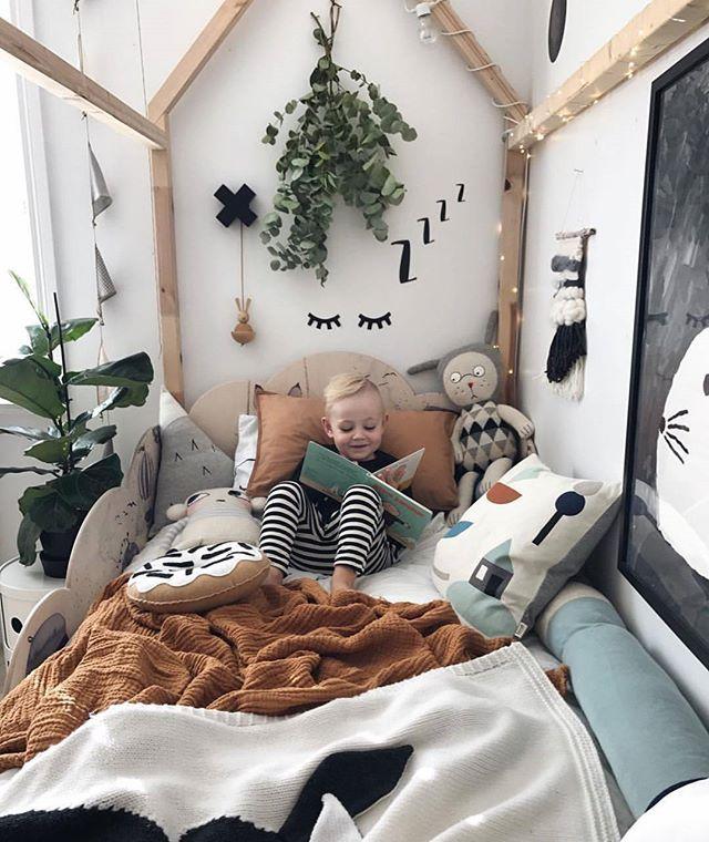 Neutral Child Bedroom Inspiration – Licht – Cabin Bed – Einfachheit – Weichheit – Naturholz – Grün – Pflanzen
