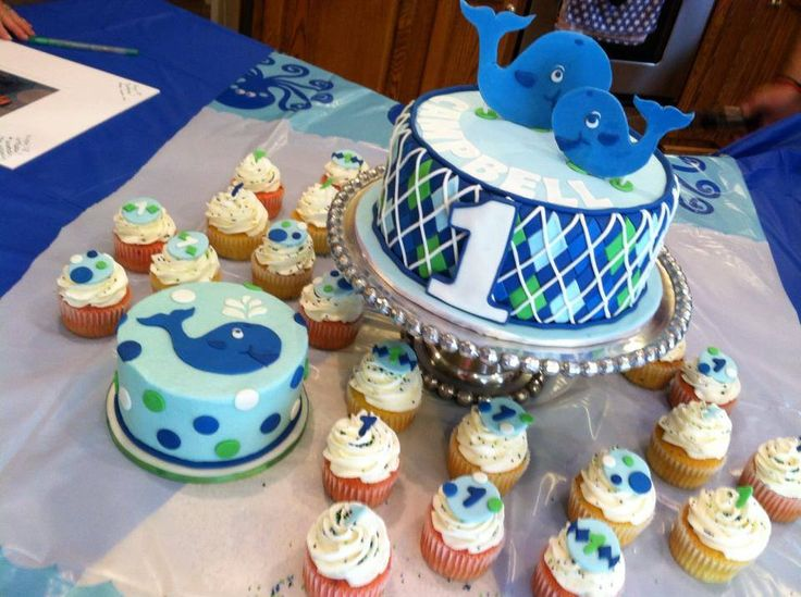 Ocean+Preppy+Boy+-+Happy+1st+Birthday,+Campbell!    I+took+my+inspiration+from+a+few+cakes+I+found+on+CC+and+google.