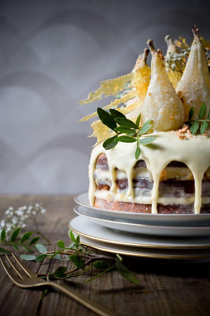 Birnen-Amaretto-Torte mit weißer Schokolade (glutenfrei).