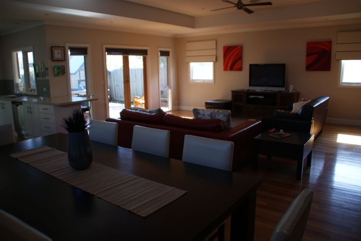 Dining/lounge