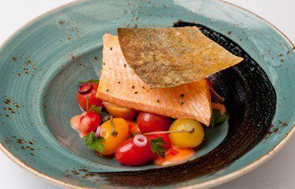 Alaska salmon with cherry tomato salad - Francesco Mazzei