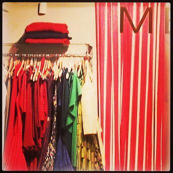 Menchen Tomas escull el vermell com a color de tardor!
